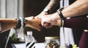 Как наладить отношения с аудиторией